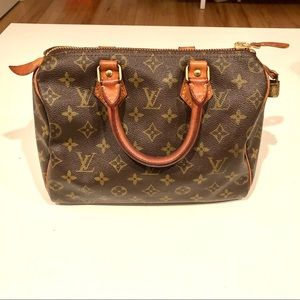 VINTAGE Louis Vuitton Speedy 25 ✨